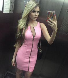 x♔ guessbaby ♔x Barbara Evans, Bodycon Dress, Instagram Posts, Dresses, Fashion, Fair Grounds, Gowns, Pink, Moda