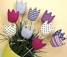 crafts felt Tulipánky do fialova . :o) / Zboží prodejce adí Felt Crafts, Easter Crafts, Fabric Crafts, Crafts To Make, Diy Crafts, Felt Flowers, Fabric Flowers, Diy Y Manualidades, Spring Crafts