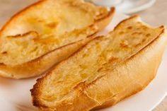 Aqui está meu pão francês sem glúten, fresquinhos, pronto para um belo café da manhã. Sem glúten, sem lactose e sem preocupações. Gluten Free Snacks, Gluten Free Recipes, Vegan Recipes, Snack Recipes, Brazilian Bread, Pan Sin Gluten, Nutritional Yeast Recipes, Sem Lactose, Types Of Bread