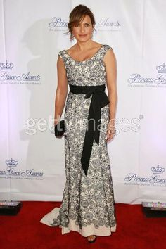 Mariska Hargitay in a great Lela Rose gown- Could be a great dress for Mother of the bride/groom!