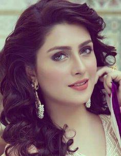 Aiza my bestie Pakistani Models, Pakistani Actress, Beauty Full Girl, Cute Beauty, Beautiful Girl Image, Beautiful Hijab, Pakistani Bridal Makeup, Beauty Zone, Ayeza Khan