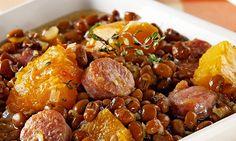 - 700g gramas de Feijão - Carne contra filé - Bacon - Linguiça calabresa fina (ou da sua preferencia) - Abóbora - Tomate - Cebola - Alho poró - Alho - Caldo knor - Sazon - Pimenta e cominho