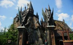 """Magic is in the air at """"Wizarding World of Harry Potter"""""""