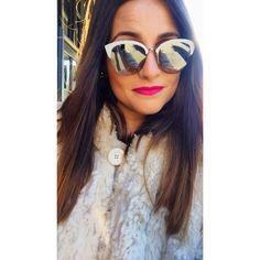 The sun is shining in London where our beautiful client Ana walks around with her brand new Dior. #clerigosin #opticalconceptstore #passeiodosclerigos #baixaporto #porto #shopping #christmasshopping #christmasgiftideas #christmas #natal #prendasdenatal #dior #eyewear #sunglasses #client #london #sun #shining #beautiful