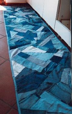 Tappeto cucina da jeans    kitchen rug made from jeans