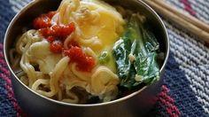 Ramen with Bok Choy and Egg - QueRicaVida.com