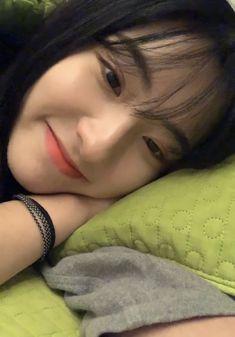 Ulzzang Korean Girl, Cute Korean Girl, Asian Girl, Horse Girl Photography, Prity Girl, Korean Beauty Girls, Cute Poses, Red Velvet Irene, Cosmic Girls
