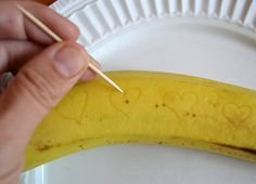Apparently, if you scratch a message on a banana, it stays mostly invisible — for about an hour. Then your message appears, almost by magic! A cute alternative to writing paper notes for a lunchbox...