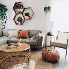The poms that stole my heart. Coming to Kaekoo Shop, our new terra cotta + natural Pom Pillow Ladies!never taking these beauties off… Boho Living Room, Home And Living, Living Room Decor, Bedroom Decor, Living Room Inspiration, Home Decor Inspiration, Interior Desing, Apartment Living, Living Room Designs
