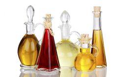 Why Homemade Sunscreens are Nonsense: Raspberry Seed Oil, Coconut Oil, Almond Oil Homemade Sunscreen, Natural Sunscreen, Anne Fleck, Raspberry Seed Oil, Garlic Recipes, Stock Foto, Heart Healthy Recipes, Hair Conditioner, Carafe