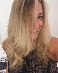 """237 Likes, 9 Comments - Samantha Stanwell ✨ (@samanthastanwell) on Instagram: """"That @behavehair feeling 🤗 Honestly though I washed my blonde locks on Tuesday evening with the…"""""""