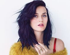 Okay, I've gotta admit: I'm slightly obsessed with this picture of Katy Perry. HOW do I get that hair color gurl