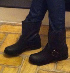 La nostra amica Chiara Meda e i suoi nuovi biker boots - mod. Trudy - by VeganShoes