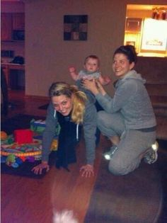 Jennifer Morrison with her sister and niece :)