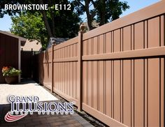 Semi-Privacy Fence with Alternating & Wide Boards. Shown in Illusions Vinyl Fence's Grand Illusions Color Spectrum Landscape Series Brownstone Vinyl Fence Panels, Vinyl Privacy Fence, Vinyl Railing, Privacy Fences, Brick Fence, Front Yard Fence, Fenced In Yard, Fence Stain, Concrete Fence