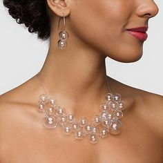 A+Necklace+That+Looks+Like+It's+Made+Out+Of+Bubbles!