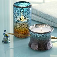 Peacock inspired candles have stunning looks
