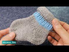 Knitting For Kids, Baby Knitting Patterns, Knitting Socks, Crochet Baby, Free Crochet, Knit Crochet, Kids Socks, Baby Socks, Knit Stockings