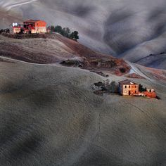 Tuscany 6.17 hours early morning - credit to: pinterest.com/tools2314/the-weary-traveller/