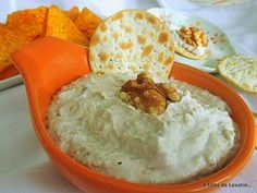 Paté de nueces y anchoas: Appetizer Dips, Yummy Appetizers, Brunch, Quiches, Aperitivos Finger Food, Tasty, Yummy Food, Homemade Sauce, Chutney