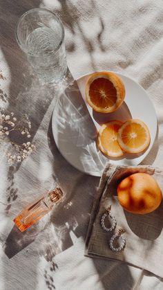 Beige Aesthetic, Aesthetic Food, Aesthetic Photo, Flat Lay Inspiration, Food Flatlay, Flat Lay Photos, Minimalist Photography, Flat Lay Photography Instagram, Food Photography
