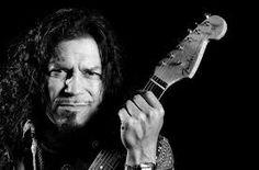 En Esto Creo- Raimundo Amador, guitarrista y compositor de flamenco español.