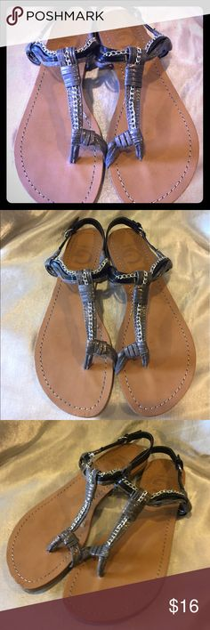 Guess silvertone Thong Sandal Size 6.5 Guess silvertone thong sandal flats size 6.5 GUC break in chain is strictly cosmetic G by Guess Shoes Sandals