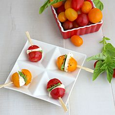 Caprese Salad Bites Appetizer - replaced the basil with a pesto olive oil drizzle, loved them