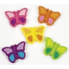 Put butterflies in your stomach when you catch some of these treats! Tasty gummies make great party snacks or Easter candy, they're as pretty as . Butterfly Garden Party, Butterfly Birthday Party, Fairy Birthday Party, Birthday Ideas, Birthday Bash, Fairy Party Favors, Halloween Party Favors, Party Favor Bags, Party Favours