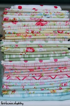 I love the combination of Lecien Flower Sugar Fabric and Tanya Whelan Fabrics! This is a perfect for a girl's room.