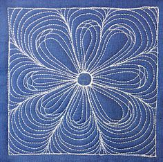 The Free Motion Quilting Project: Beginner / Intermediate      http://freemotionquilting.blogspot.com/p/find-design.html    .