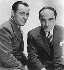 Long before there was Rodgers and Hammerstein, there was Rodgers and Hart. The duo consisted of composer Richard Rogers and lyricist Lorenz Hart. They worked together on 28 stage musicals and more… Classic Jazz, Classic Songs, Famous Musicians, Jazz Musicians, The Music Man, My Music, Famous Pairs, Great American Songbook, Classical Music Composers