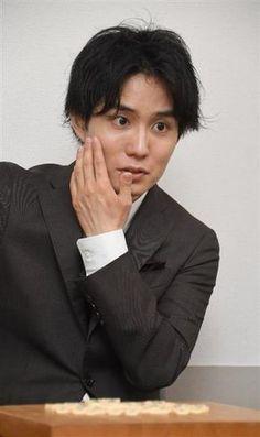 佐々木勇気六段「せっかく藤井さんと戦うなら、大舞台がいいと思っていました。それが竜王戦とは舞台が整い過ぎているぐらいでした」- 夏休み特別インタビュー
