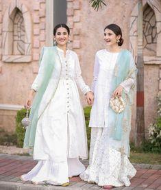 Stylish Dresses For Girls, Stylish Dress Designs, Designs For Dresses, Wedding Dresses For Girls, Party Wear Dresses, Simple Dresses, Beautiful Dresses, Awesome Dresses, Asian Wedding Dress Pakistani
