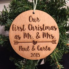 Our First Married Christmas Wood Ornament - Personalized with Arrow and Couple's Names and Year, Stained and Laser Engraved, Custom Design Trotec Laser, Laser Cut Wood, Laser Cutting, Wood Laser Ideas, Laser Cutter Ideas, Laser Cutter Projects, Wood Burning Crafts, Wood Crafts, Christmas Wood