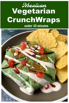 Taco Bell inspired homemade Mexican Vegetarian Crunchwrap Supreme makes an easy dinner under 30 minutes. It is stuffed with healthy veggies & bean filling. Best Vegetarian Recipes, Mexican Food Recipes, Dinner Recipes, Vegetarian Meals, Delicious Recipes, Yummy Food, Easy Weekday Meals, Crunchwrap Supreme