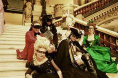ANÁLISE DE FIGURINO   Maria Antonieta - Premiere Line