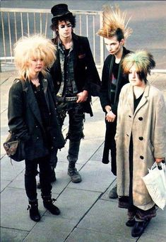Goth, punk, new wave, new romantic...