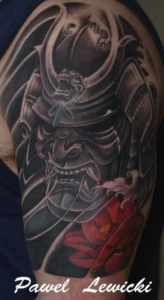 What does oni mask tattoo mean? We have oni mask tattoo ideas, designs, symbolism and we explain the meaning behind the tattoo. Japanese Warrior Tattoo, Japanese Mask Tattoo, Japanese Tattoo Designs, Japanese Sleeve Tattoos, Samurai Maske Tattoo, Samurai Warrior Tattoo, Warrior Tattoos, Samurai Tattoo Sleeve, Mascara Samurai Tattoo