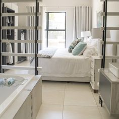 Hotel living at home _French Lane. Decor, Home, House Design, Tiles, Furniture, Beautiful Bathrooms, Beautiful Homes, Hotel, Room