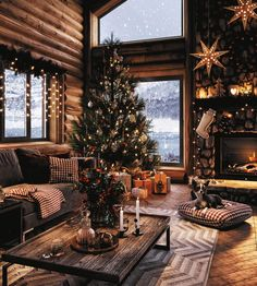 Wishing All Home Designing Readers A Very Happy Christmas And Holidays Cosy Christmas, Christmas Night, Beautiful Christmas, Christmas Themes, Christmas Holidays, Christmas Decorations, Holiday Decor, Xmas, Christmas Countdown