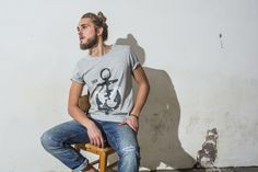 Printed tee from D.O.G. 100:-