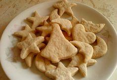 Gyömbéres-fahéjas keksz Snack Recipes, Snacks, Cookie Jars, Biscuits, Chips, Cookies, Cake, Food, Honey