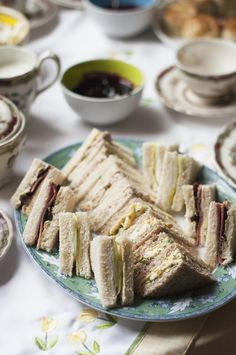 How to make tea sandwiches: Pinwheels, triangles, squares and fingers | .canadianliving.com