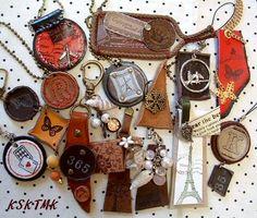 革遊び的レザークラフトとか:ごちゃごちゃといっぱい作りました。 Leather Bags, Leather Craft, Charmed, Diy Crafts, Handmade, Animals, Jewelry, Key Fobs, Fur