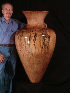 Al with Very Large Vase