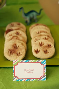 These dino fossils cookies made from the BEST sugar cookie recipe, rolling it out and cutting it into circles, imprinted them with a {washed} dino and made foot prints, then took a little cinnamon sugar concoction, and sprinkled in the foot prints. Baked and done. Recipe found here - http://buggieandjellybean.blogspot.ca/2010/12/perfect-sugar-cookie-recipe.html
