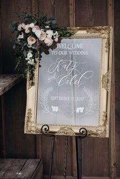 Ornate gold framed acrylic wedding welcome. Custom wedding signs, personalized for your unique wedding day. Perfect with floral garlands! Cheap Wedding Flowers, Wedding Bouquets, Wedding Dresses, Decoration Buffet, Wedding Mirror, Wedding Signage, Wedding Entrance Table, Wedding Venues, Wedding Signs