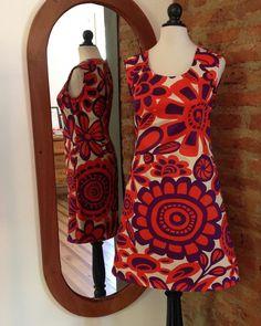 Nuevo vestido sesentero! de gabardina delgada con nuestro estampado floral  tallas 44 42 40 y 38. #vestido #primavera #sixties