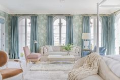 master_sitting_gracie-wallpaper-wall-coverings-blue-chinoiserie-silk-curtains - The Glam Pad Gracie Wallpaper, Trendy Home Decor, Paint Colors For Home, Bedroom Design, Home Decor, Dreamy Bedrooms, House Interior, Elegant Living, Interior Design